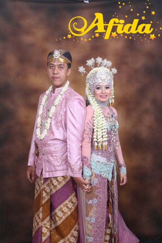Busana dan Tata Rias Pengantin | AFIDA Catering Service & Wedding ...